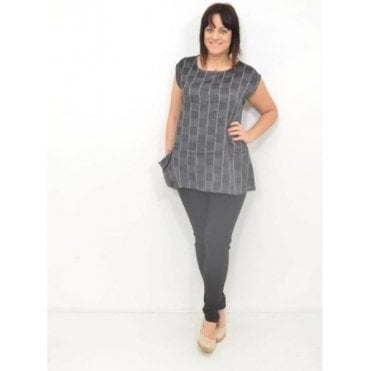 Ebona Sleeveless Fitted Top