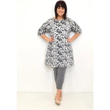 Gealis A-Shaped ¾ Sleeved Tunic