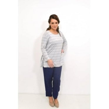 Dilani ¾ Sleeved A-Shaped Top