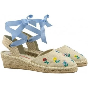 Hope Ditsy Floral Embroidered Wedged Espadrille in Size 39