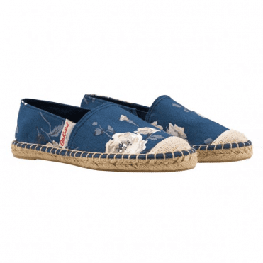 Island Bunch Classic Espadrille in Size 39